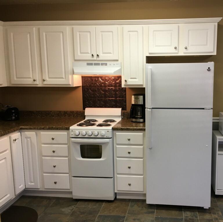 gatewood community room kitchen