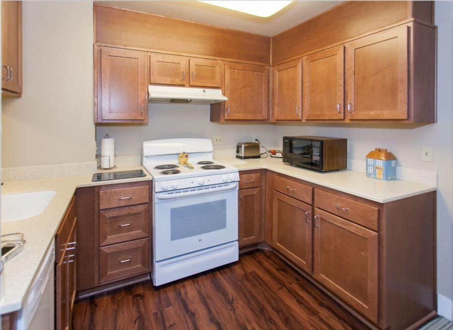 naomi gardens resident kitchen
