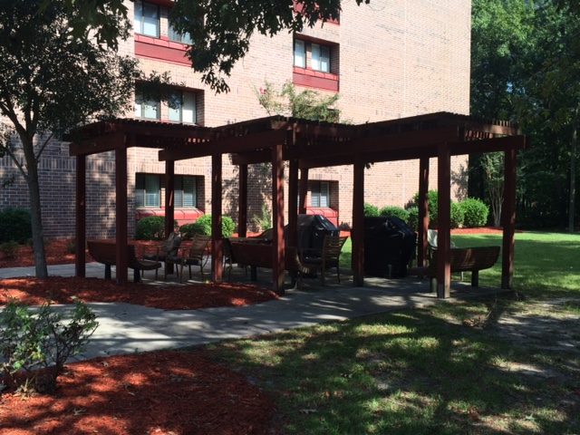 Oakbrook Towers covered patio