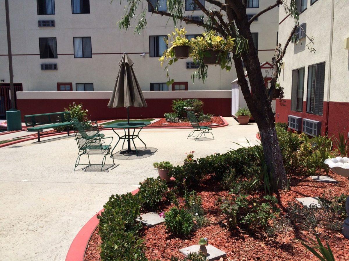 ridgeview manor patio