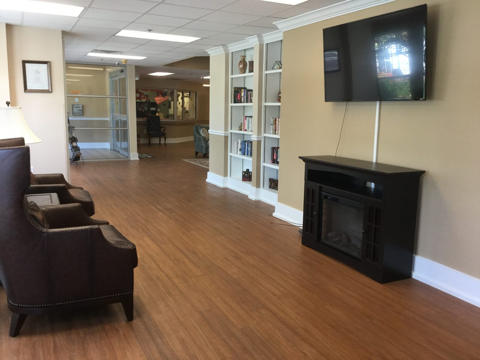 west oaks chairs and tv