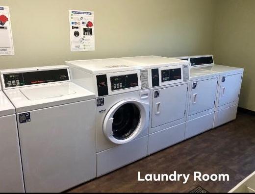 Ashwood - Laundry room